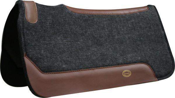 "Showman® Contoured Black 1"" Felt Pad with Smooth Neoprene 31"" x 32"""